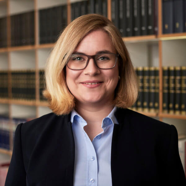 Christiane Rusch // Criminal defense lawyer, Attorney at Law and Specialist lawyer for criminal law